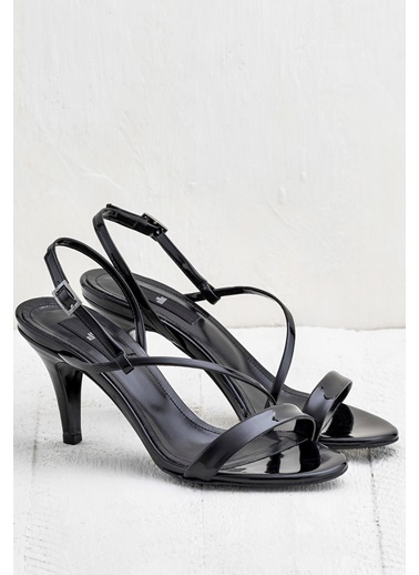 Elle İnce Topuklu Sandalet Siyah